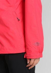 Columbia - POURING ADVENTURE JACKET - Hardshell jacket - red camellia/white - 3