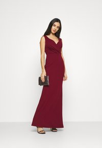 WAL G. - LYRIC LOW V NECK MAXI DRESS - Occasion wear - wine - 1