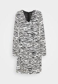 Pinko - UTOPIA - Day dress - bianco/nero - 6