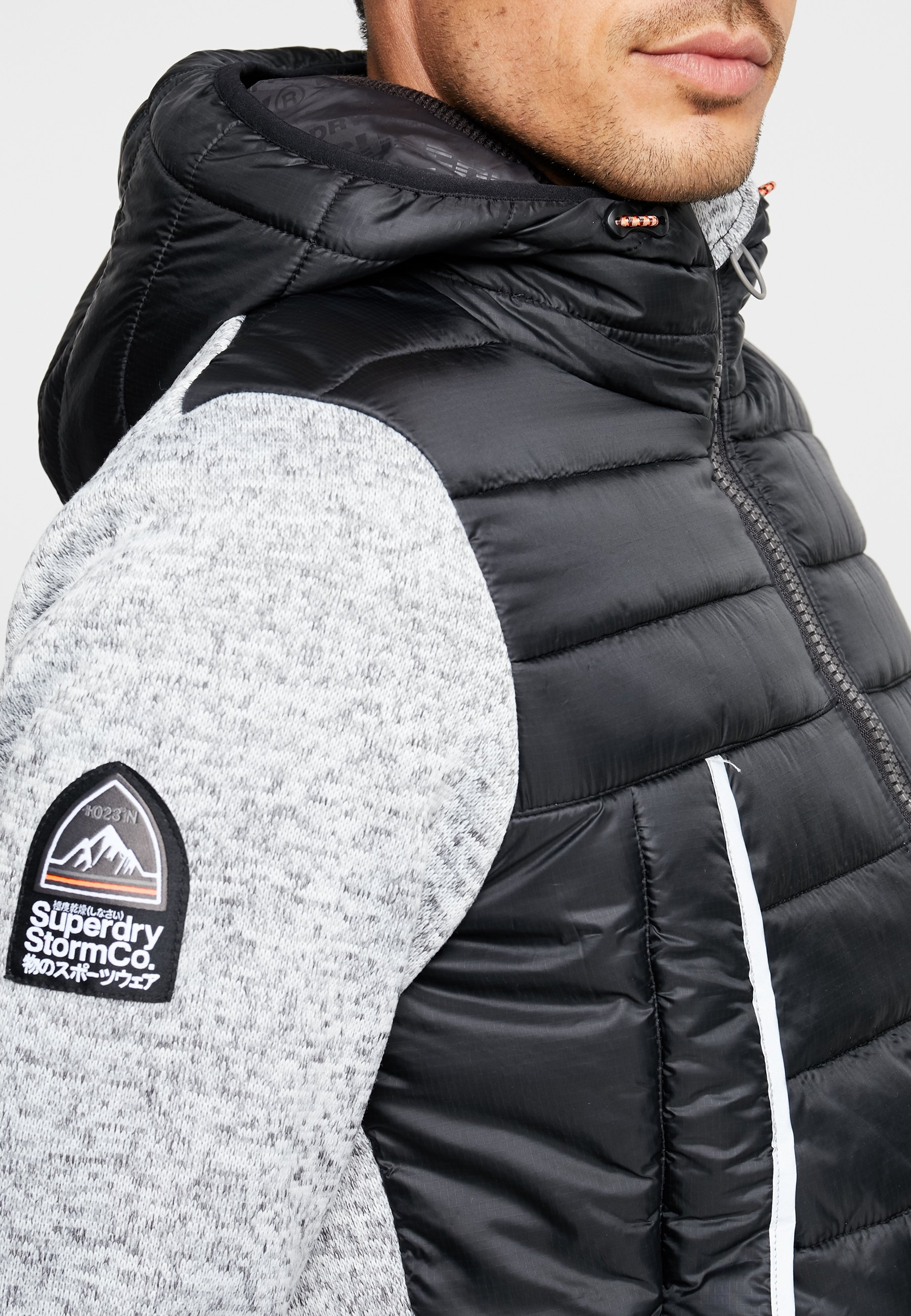 STORM FLASH HYBRID Leichte Jacke light grey grit