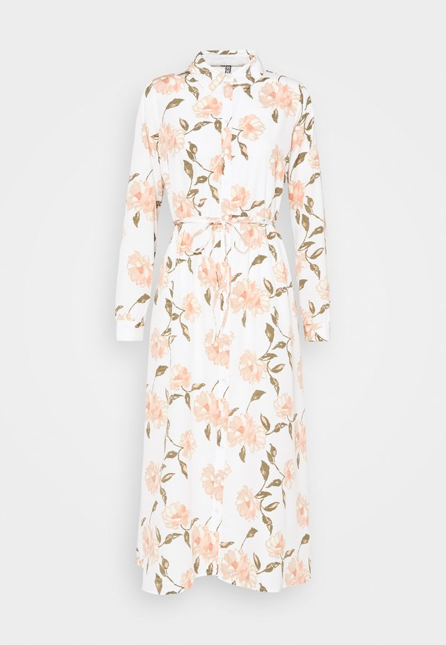 PCGYLLIAN MIDI DRESS  - Maxi-jurk - cloud dancer