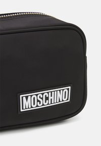 MOSCHINO - WASH BAG UNISEX - Wash bag - black - 4