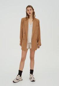 PULL&BEAR - Short coat - brown - 1