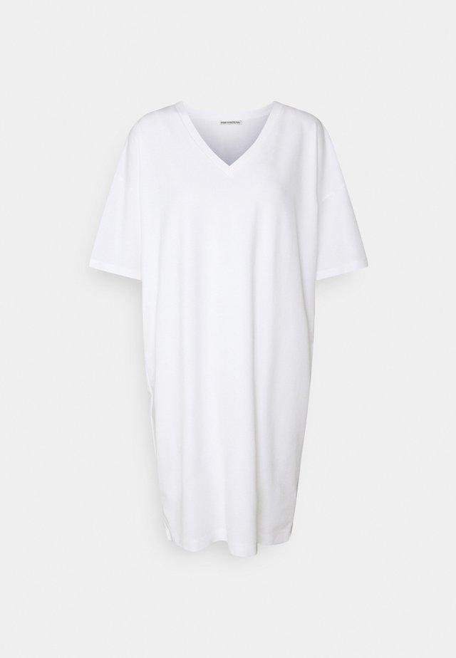 KABELLE - Žerzejové šaty - weiss