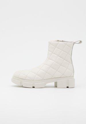 CPH48  - Platform ankle boots - eggshell