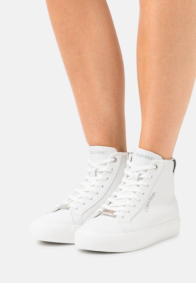 Calvin Klein - TOP - High-top trainers - white/black