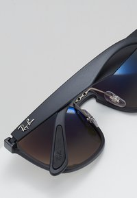 Ray-Ban - Sunglasses - matte black - 4