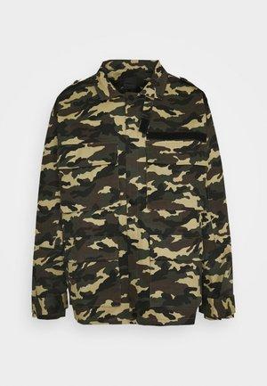 WOODLAND CAMO FIELD JACKET - Summer jacket - khaki