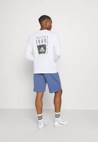 adidas Originals - ABSTRACT SHORT R.Y.V. ORIGINALS SHORTS - Shorts - crew blue - 2