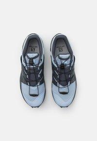 Salomon - WILDCROSS  - Běžecké boty do terénu - kentucky blue/ebony - 3