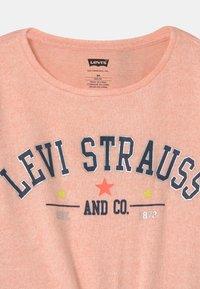 Levi's® - TIE FRONT - Trui - pink - 2