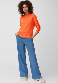 Marc O'Polo - LONGSLEEVE SOLID STRUCTURED SEAMLESS - Jumper - orange - 1