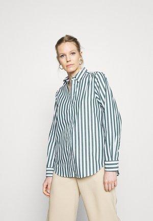 LANGARM - Skjorte - grün