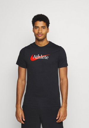 TEE ATHLETE - Camiseta estampada - black/team orange