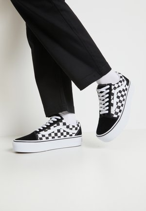 OLD SKOOL PLATFORM - Sneakers basse - black/white
