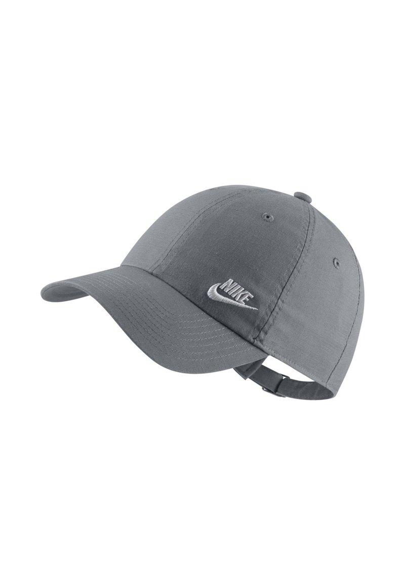 Nike Sportswear - W NSW H86 CAP FUTURA CLASSIC - Cap - cool grey/white