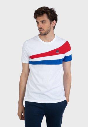TRICOLORE - Camiseta estampada - white
