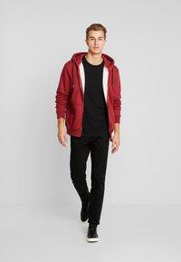Superdry - ZIP HOOD - Sweater met rits - desert red grit - 1