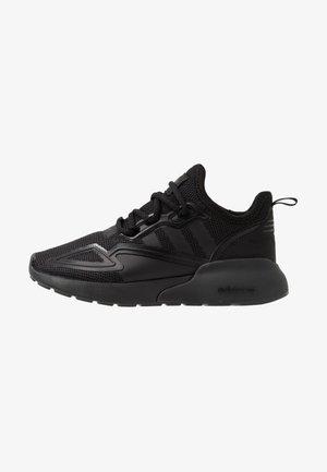 ZX - Sneakersy niskie - core black/pink