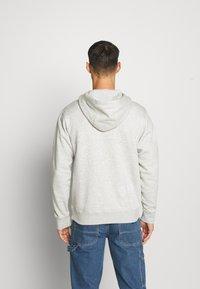 Nike Sportswear - HOODIE - Huppari - grey heather/white - 2