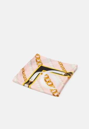 Šátek - pink