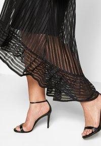 TFNC Curve - TEGEAN - Koktejlové šaty/ šaty na párty - black - 5