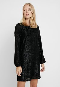 Vero Moda Tall - VMISOLDA SHORT DRESS TALL - Cocktail dress / Party dress - black - 0