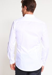 OLYMP - OLYMP NO.6 SUPER SLIM FIT - Camicia - weiss - 2