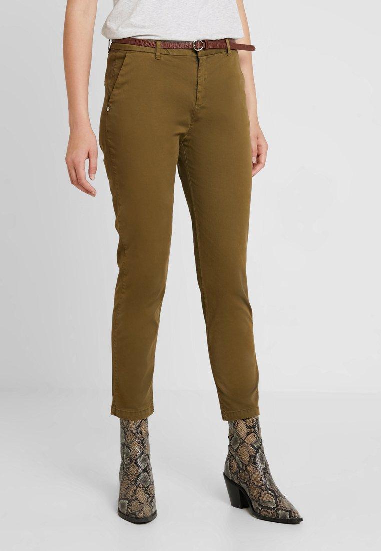 Scotch & Soda - WITH GIVEAWAY BELT - Chino kalhoty - military green