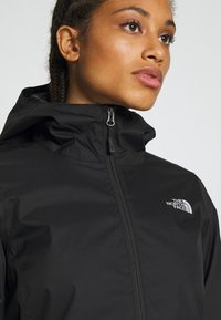 The North Face - QUEST JACKET - Chaqueta Hard shell - black/foil grey - 5