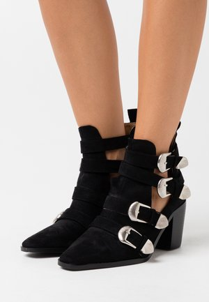 TOP UP WIDE FIT ADLEY - Ankle boots - black