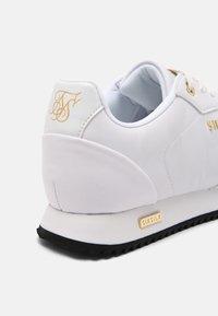 SIKSILK - SENNA - Sneakersy niskie - white - 6