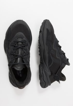 OZWEEGO - Zapatillas - core black/trace grey metallic