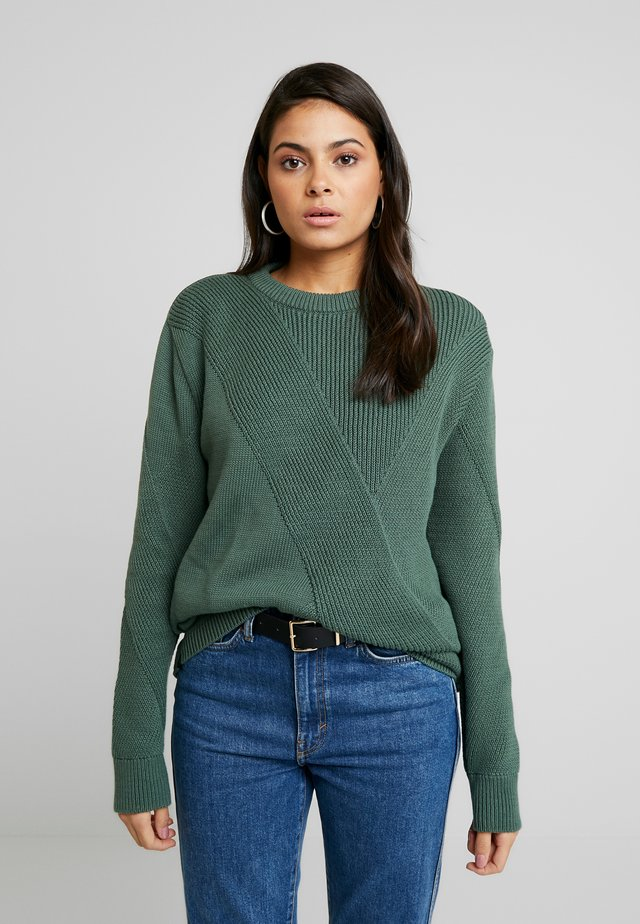 BILLIE - Pullover - bottle green