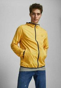 Jack & Jones - Light jacket - yolk yellow - 3