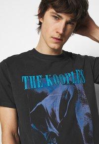 The Kooples - Printtipaita - black washed - 5