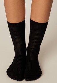 OYSHO - Socks - black - 2