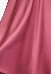 Massimo Dutti - FLIESSENDER IN OPTIK  - Maxi skirt - mauve - 6