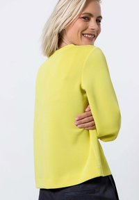 zero - Sweater - yellow lime - 2