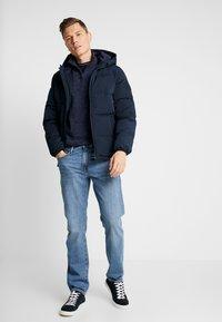 GAP - SIERRA VISTA - Jeans straight leg - blue denim - 1