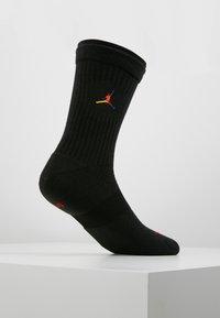 Jordan - LEGACY CREW RIVALS - Skarpety sportowe - black/multi-color - 3
