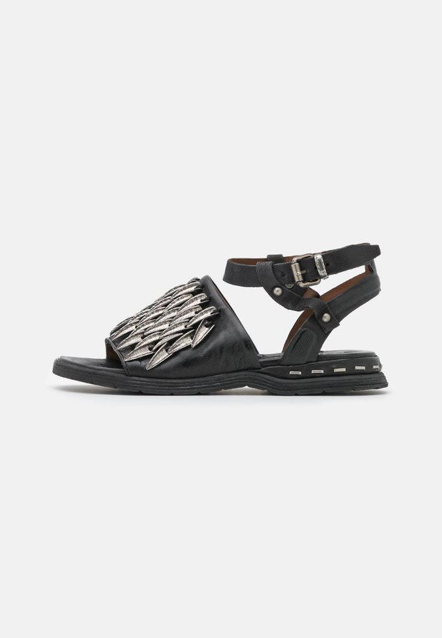Sandaler - nero