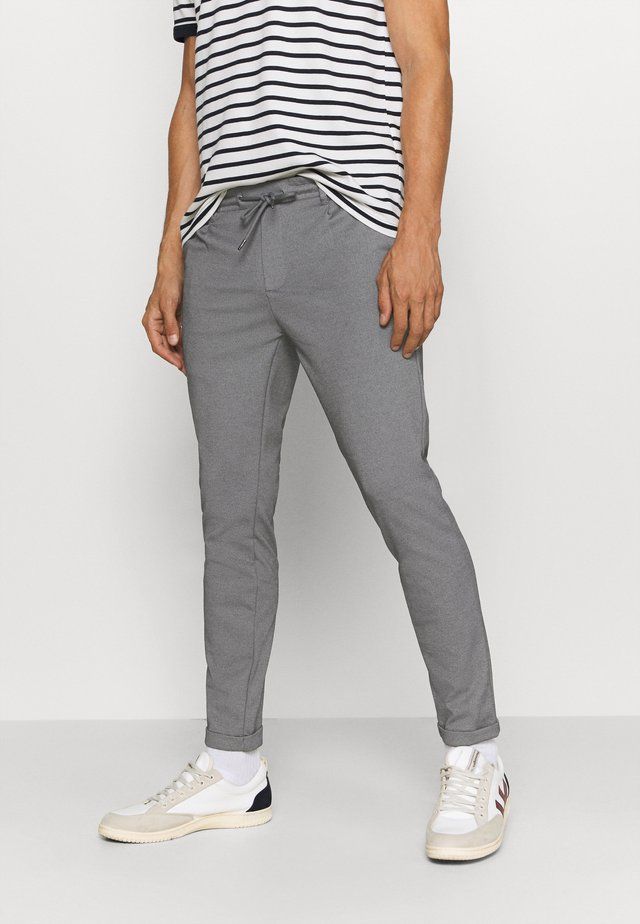 EBERLEIN WITH ROLL UP - Pantalon classique - grey