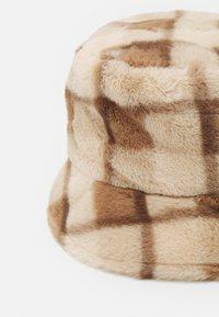 Fire & Glory - FANTI BUCKET HAT - Hoed - warm sand - 2