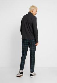 Jack & Jones PREMIUM - JPRSID TROUSER CHECK - Trousers - dark green - 2