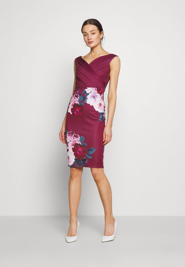 DEANNA - Cocktail dress / Party dress - berry