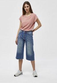 Minus - LETI - Basic T-shirt - old rose melange - 1