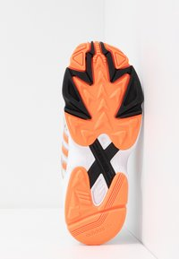 adidas Originals - Sneakers - footwear white/solar orange/clear black - 6