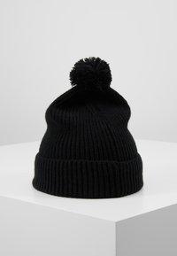 The North Face - LOGO BOX POM BEANIE UNISEX - Beanie - black - 2