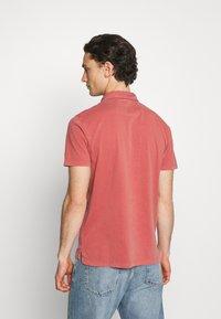 Wrangler - Polo shirt - barn red - 2